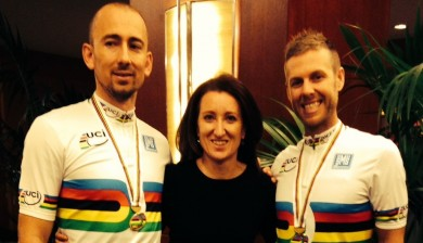 Australian paralympic gold medal cyclists